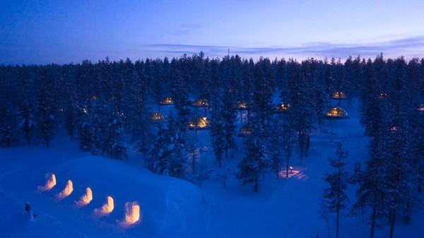 Photo Courtesy Kakslauttanen Arctic Resort http://www.kakslauttanen.fi/en/