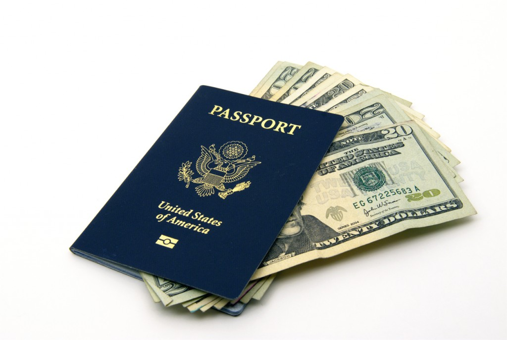Bill Bailey Travel Club Discusses How To Avoid The Holiday Travel Scams